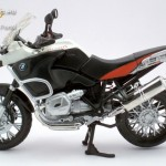 BMW R1200GS (2004-2010) 1:12-es model - Maisto kép