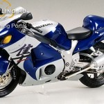 Suzuki GSX1300R Hayabusa (1999-2007) 1:12-es model - Bike-It kép
